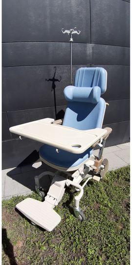 Medizinische Hilfsmittel, Rollstühle - Krankenpflege Stuhl