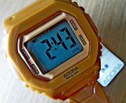 Schokobraune neue Marken-Armbanduhr 5 BAR