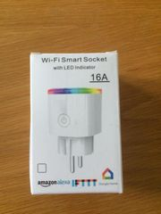 WLAN Smart Steckdose mit RGB