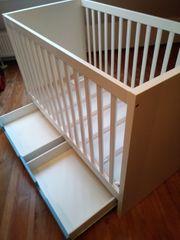 Babybett IKEA mit Schubladen