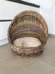 Sehr stylisches Hundekörbchen