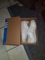 Adidas Superstars Gr 43