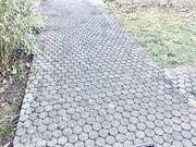 München - runde und wabenförmige Pflastersteine