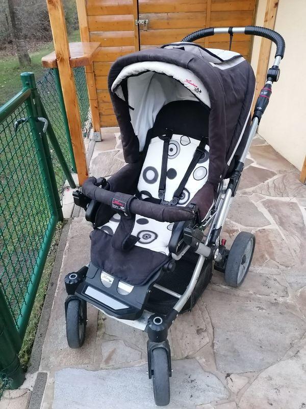 Baby- und Kinderwagen von Hartan
