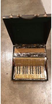 Astoria akkordeon sehr guter Zustand