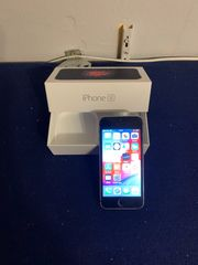apple Phone se 32 GB