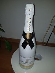 Champagner MOET CHANDON
