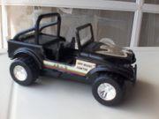 Spielzeugauto - Strandfahrzeug - Jeep - XR 9 -