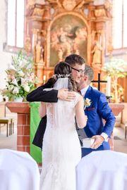 Trauredner Hochzeitsredner freier Redner freier