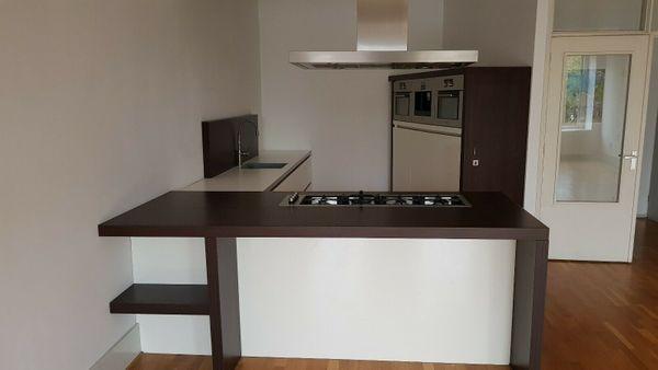 Moderne Einbauküche mit elektrogeräten gebraucht