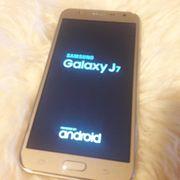 Smartphone Samsung Galaxy J7 unbenutzt