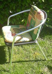 2 Gartenstühle mit Polster