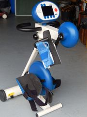 Arm- und Beinbewegungsgerät RECK MOTOmed