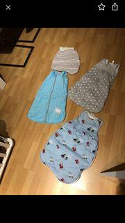 jungen Schlafsäcke