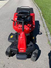 Aufsitzrasenäher Rasenmäher-Traktor MTD