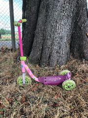 Roller in pink mit 3