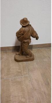 handgeschnitzte Holzfigur Motiv Bauer Sämann