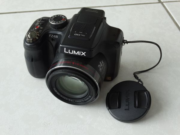 Panasonic Lumix DMC-FZ48, 12Mp, 3 LCD, Digital Kamera, 24x Zoom, Fototasche