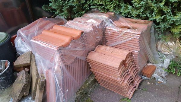 Verkaufe ca 120 Stück Dachziegel