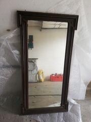 2 alte Wandspiegel groß im