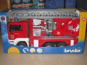 Bruder Feuerwehrauto NEU OVP
