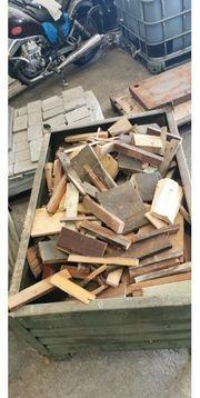 Holz Bretter Latten usw