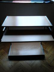 Schreibtisch auf Rollen
