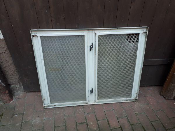 Kellerfenster Stahlfenster Gitterfenster