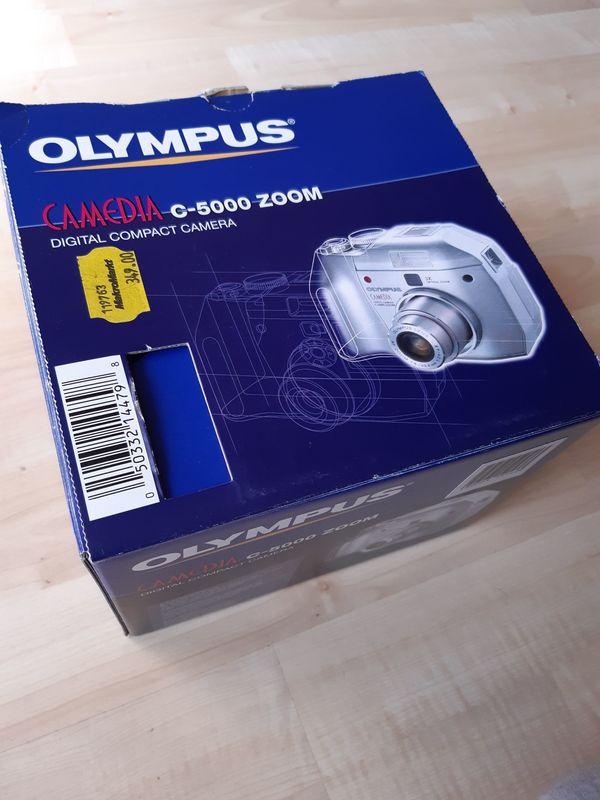 Olympus Camedia C-5000 Zoom