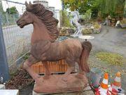 Pferd Steinpferd Sandstein Reiterhof Gartengestaltung