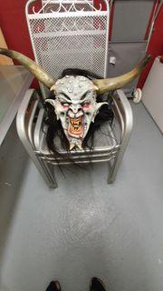 Verkaufe super Horrormaske mit Teufelsstab