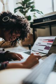 Kompetente und Zielorientierte Online-Nachhilfe mit