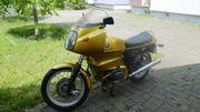 Motorrad Oldtimer BMW R100RS goldfarben