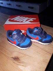 Nike Schuhe Gr 21