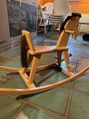 Schaukelpeferd aus Holz