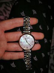 Armani Uhr original mit box