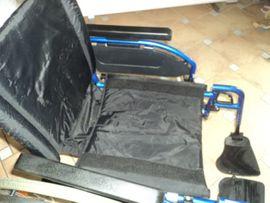 Medizinische Hilfsmittel, Rollstühle - Rollstül