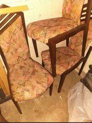 4 Stühle zu Verschencken