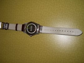 BOSS - Armbanduhr mit Lederband: Kleinanzeigen aus Wuppertal Dönberg - Rubrik Uhren
