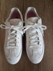 diverse Schuhe