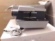 Rollei P-11 KB- und Mittelformat-Projektor