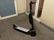 Scooter elektr Ninebot by Segway