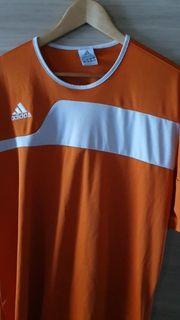 sehr schönes Adidas Tshirt Trikot
