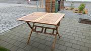 Klappbarer Holz-Ausziehtisch