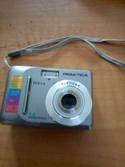 Kamera Practica
