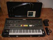YAMAHA CS-60 Vintage Synthesizer