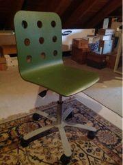 Schreibtischstuhl in grün von Ikea