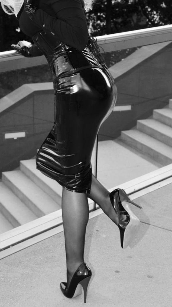 sexy Lady 35 sucht Sklaven