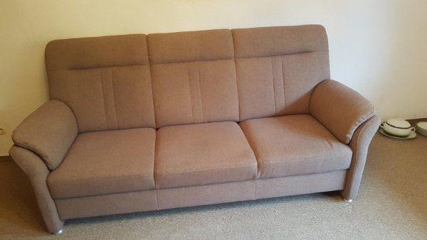 Sehr gut erhaltene Couch zu