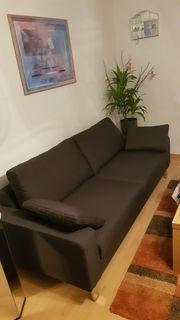 Neuwertige Couch Sofa